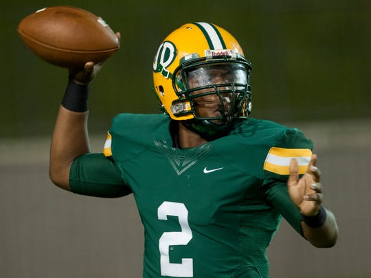Jeff Davis quarterback Zarron Haney throws against