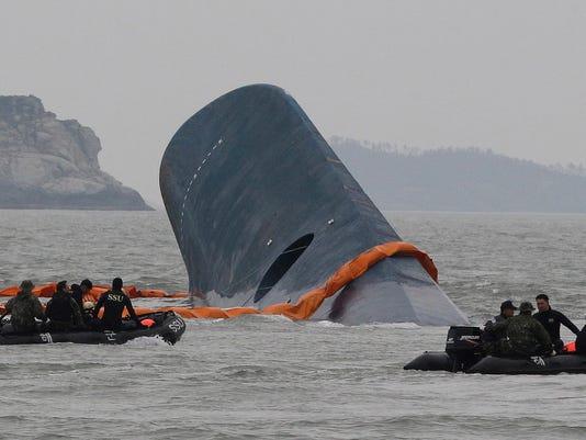 South Korea Ship Sinks