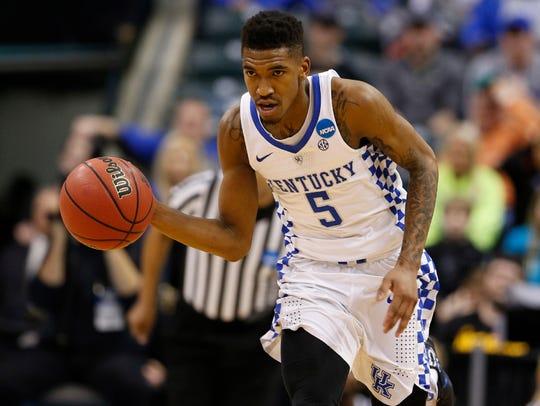 Kentucky guard Malik Monk brings the ball up court