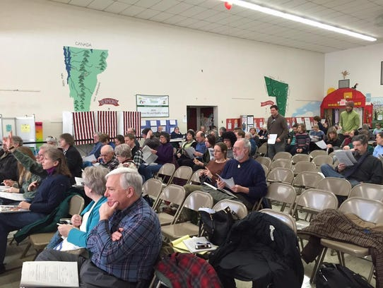 The crowd Tuesday morning at the Huntington town meeting