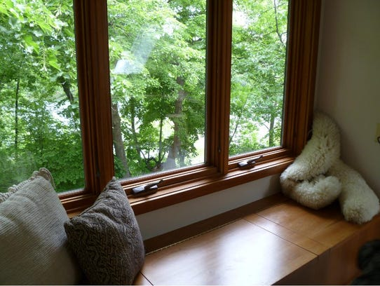Find a perfect nook for reading at 906-80th St. NE,