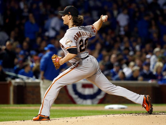 San Francisco Giants starting pitcher Jeff Samardzija (29) throws in the first inning of Game 2 of baseball's National League Division Series against the Chicago Cubs, Saturday, Oct. 8, 2016, in Chicago. (AP Photo/Nam Y. Huh)
