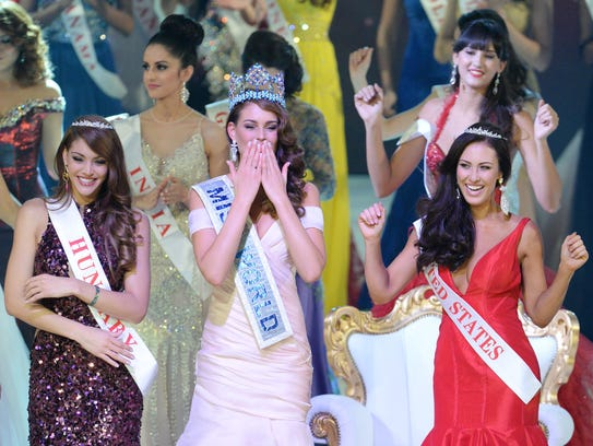 Miss World 2014, South African Rolene Strauss (Front-C)
