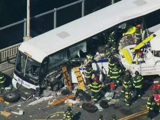 Seattle Tour Bus Crash (3)