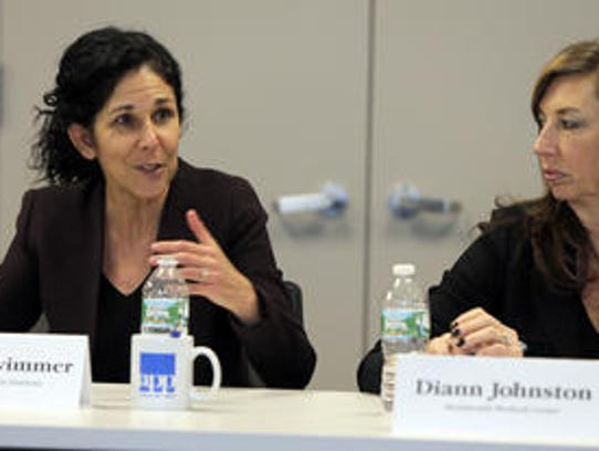 Linda Schwimmer, left, president of the New Jersey