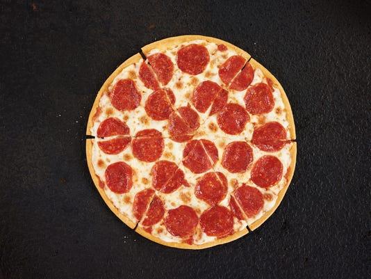 XXX PIZZA HUT GLUTEN-FREE PIZZA.JPG