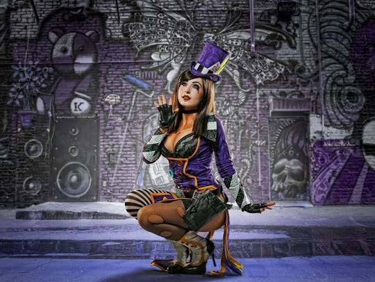 Jessica Nigri as Mad Moxxi.