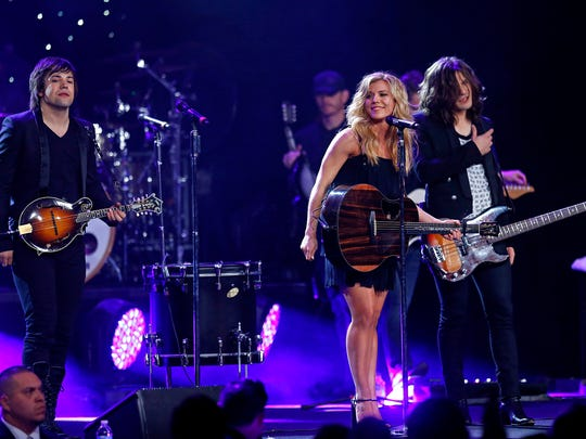 2014-04-13-the-band-perry