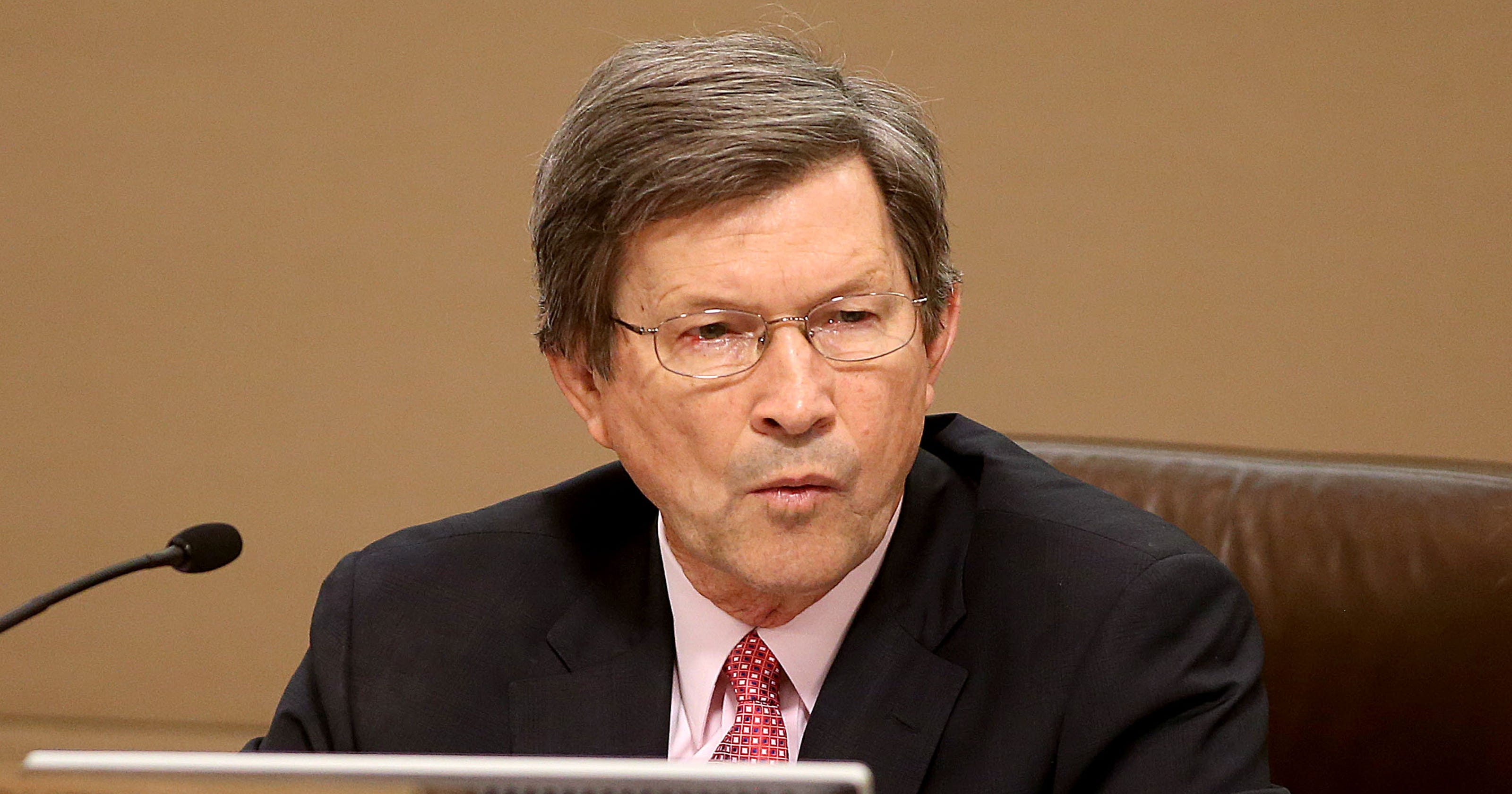 d679a4e384c Longtime Tallahassee attorney Lew Shelley to retire in January