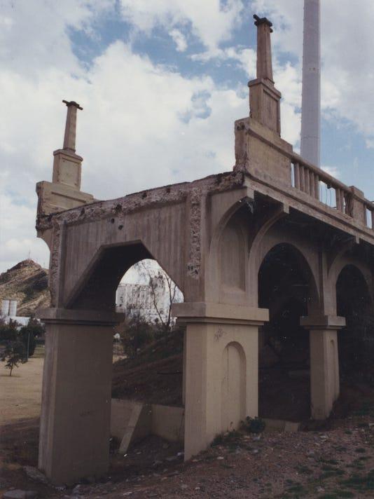 Ash Avenue Bridge