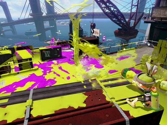 Play as a shape-shifting squid and splat your fellow Inklings with paint in new Nintendo shooter Splatoon for the Wii U.
