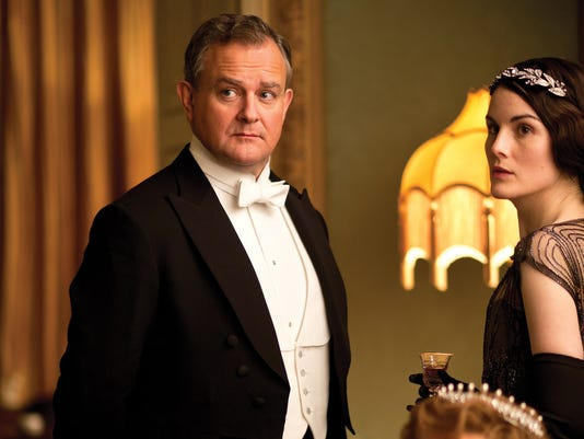 Lord Grantham and his oldest daughter, Lady Mary
