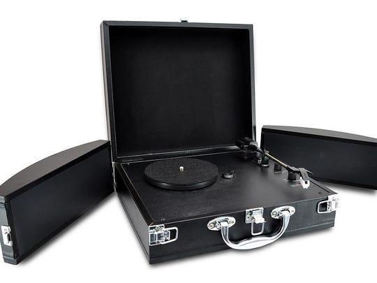 The Pyle Vinatge PVTTBT8 player folds up into an old school-style briefcase, making it quite portable.
