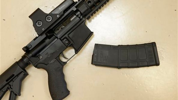 Most Tennessee voters favor requiring background checks