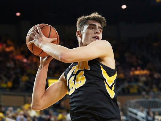 Feb 14, 2018; Ann Arbor, MI, USA; Iowa Hawkeyes forward