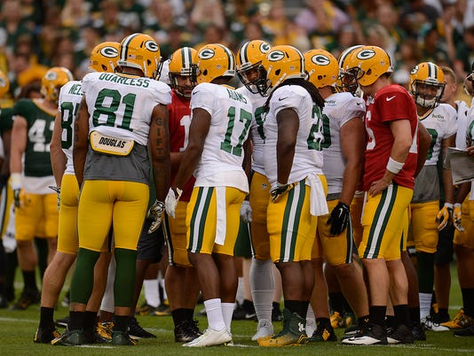 Aaron Rodgers, Family Night, Huddle