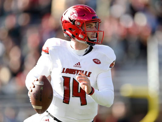 NCAA Football: Louisville at Boston College