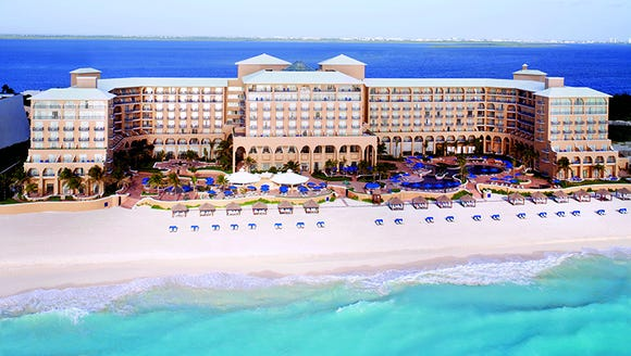The Ritz-Carlton Cancun has earned a Forbes Five-Star