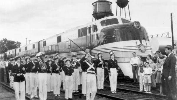 The Orange Blossom Special arrives in Plant City in December 1938.