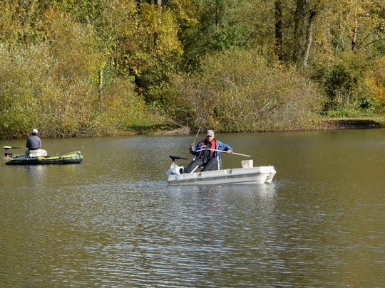 Boats with electric motors are allowed at Wirth Lake, and slow-trolling can be very productive. Water contact and boats are prohibited at Walling Pond less than five minutes from Wirth.