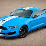Ford to keep Mustang Shelby GT350 in production for '18