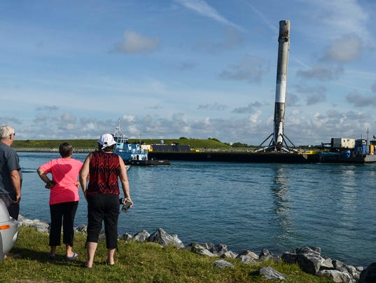 SpaceX Falcon 9 Returns to Port