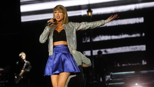 """Taylor Swift has decided to let Apple Music stream her """"1989"""" album."""