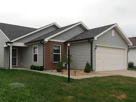 1403 Egret Lane, Greenwood Sales Price: $110,000 List Price: $112,900