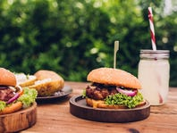 RECIPES: Burgers