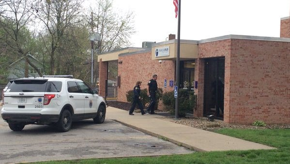 Des Moines Police are investigating an armed robbery that happened Tuesday morning at the Financial Plus Credit Union.