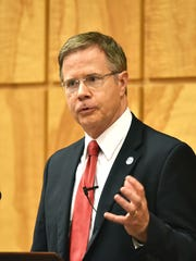 Ole Miss Chancellor Jeffrey Vitter