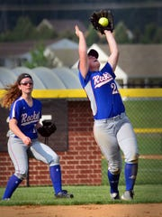 Spring Grove shortstop Briana DiCandeloro makes a catch