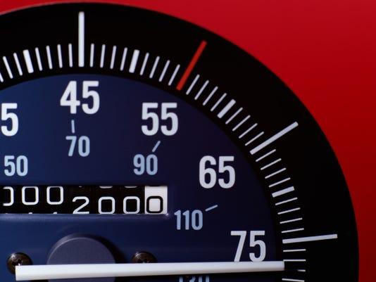 Speedometer-01.jpg