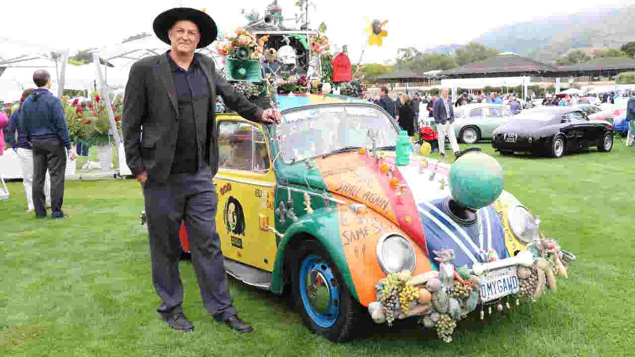 Just Cool Cars Beetle Art Car Has Barbie And More - Cool car art
