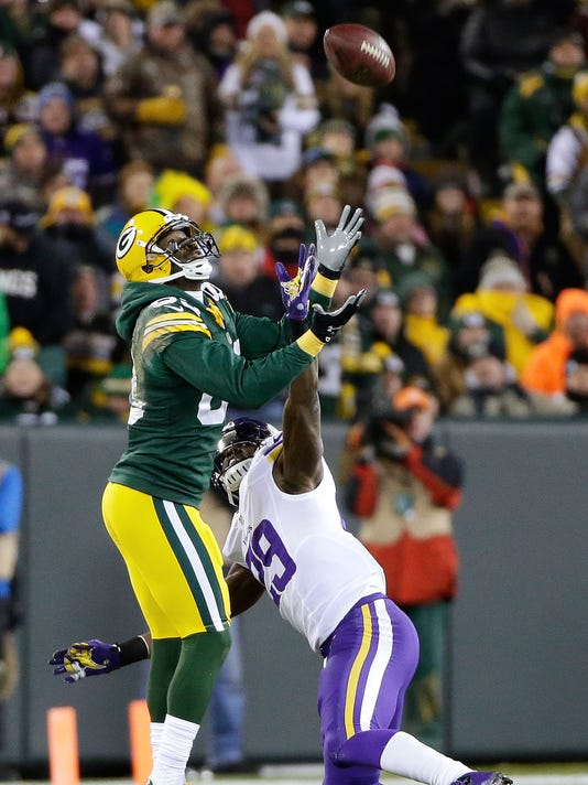 649bf37c3 Green Bay Packers wide receiver James Jones (89) can t haul in a long pass  on a free play while defended by Minnesota Vikings cornerback Xavier Rhodes  (29) ...