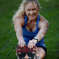 Marathon runners use miles to relieve stress, stay healthy
