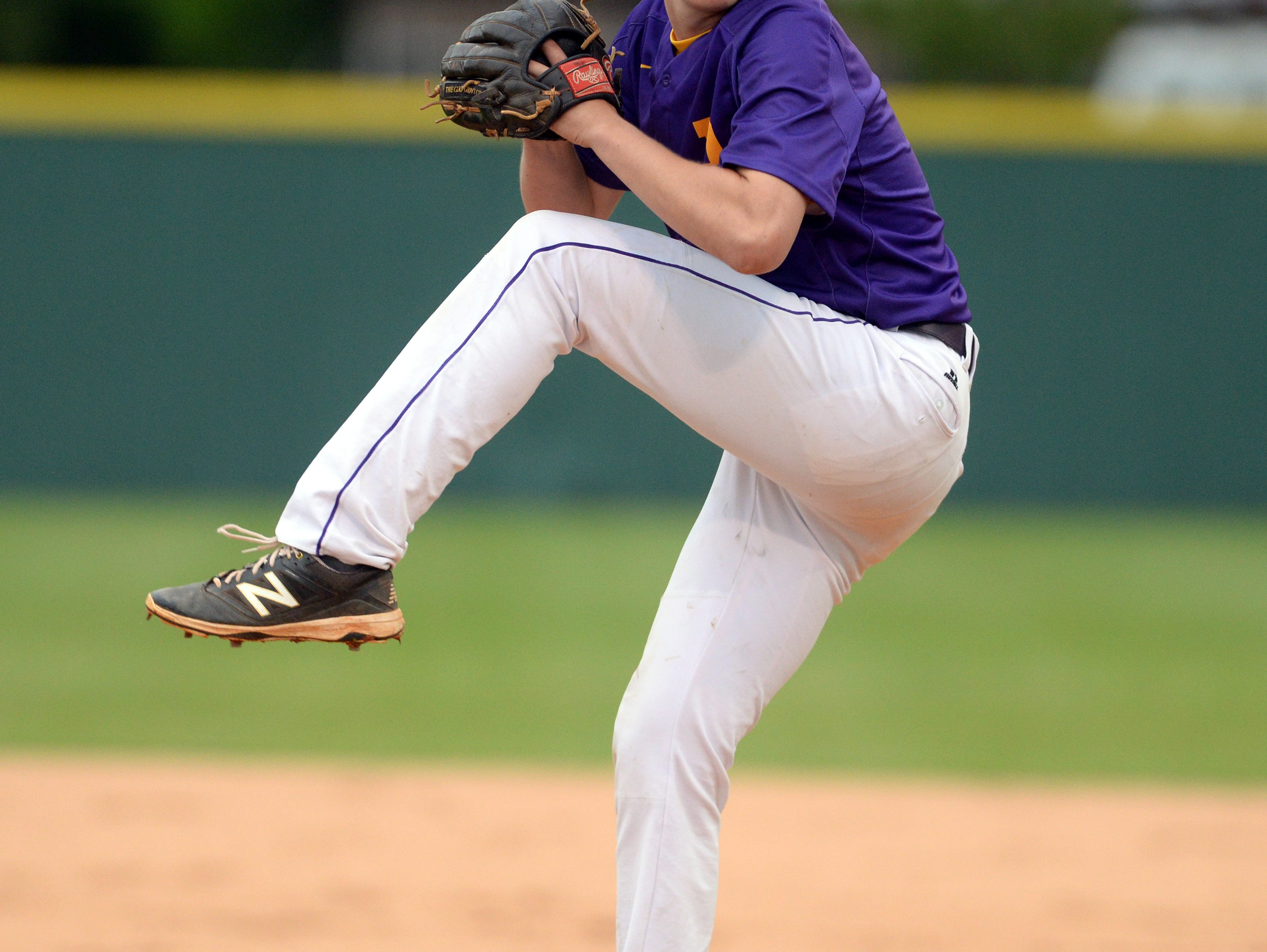 Byrd's Andrew Suggs takes the mound against Haughton.