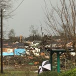 4 dead after tornado rips through southern Mississippi