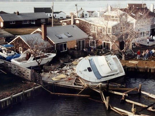 December 1992 nor'easter aftermath in Monmouth Beach.
