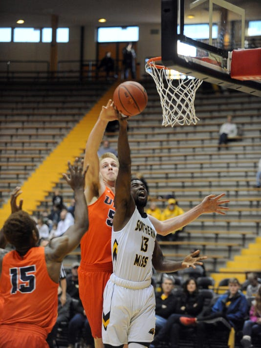 636194114930125645-USM-vs-UTEP-MENS-BASKETBALL-3.jpg