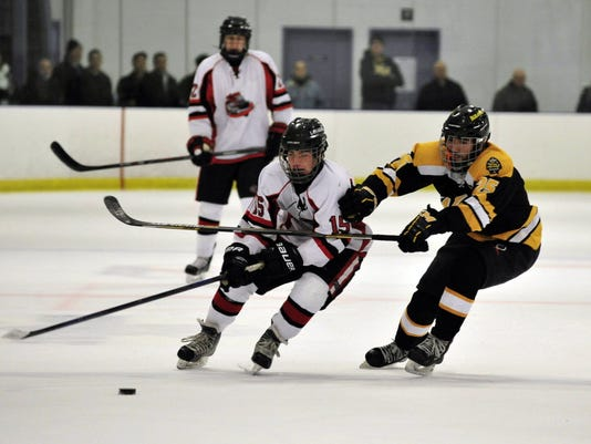 636344158304883127-WM-Hockey-12049273.JPG