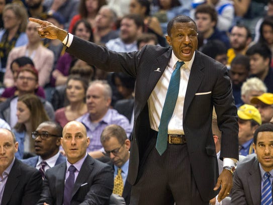 Toronto Raptors head coach Dwane Casey calls out a