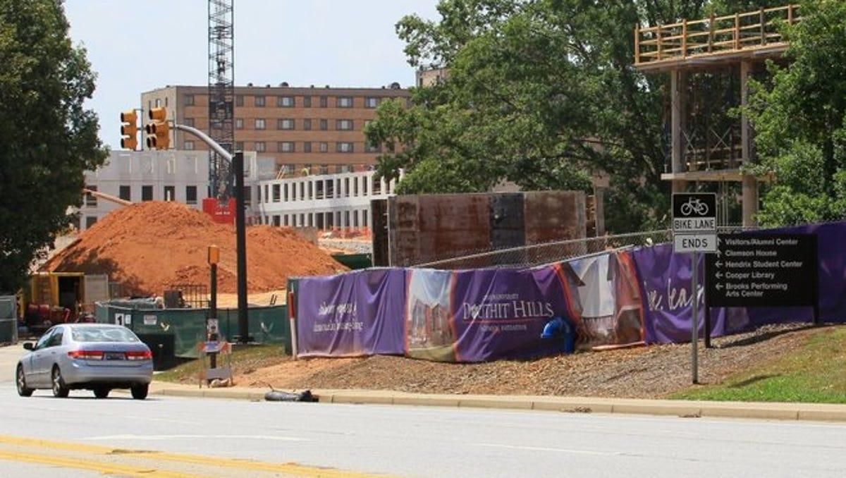 Clemson Trustees Give University Budget Clemson House Plans Initial Oks