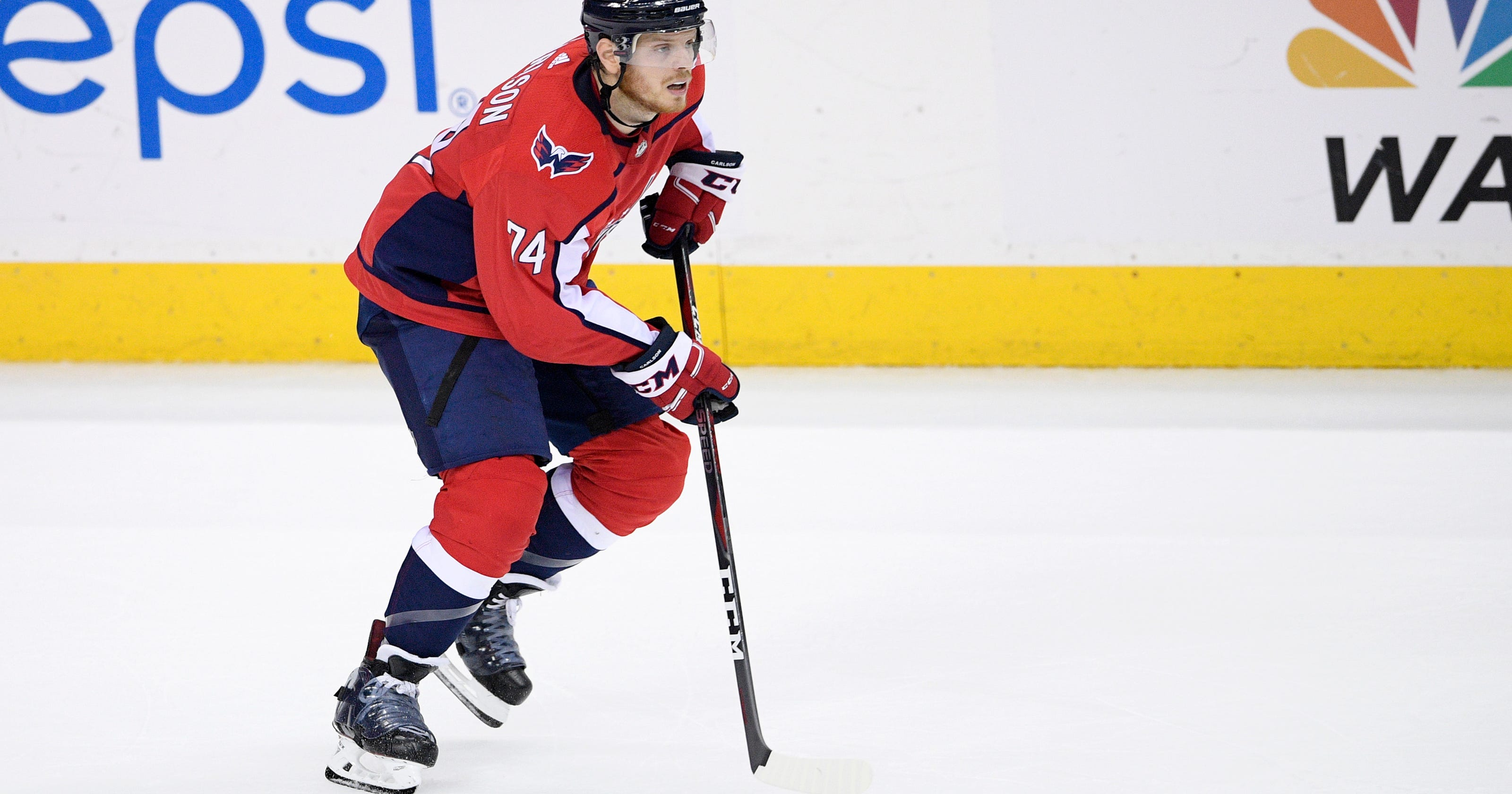 20324340d80 John Carlson signing is first domino to fall in NHL free agency
