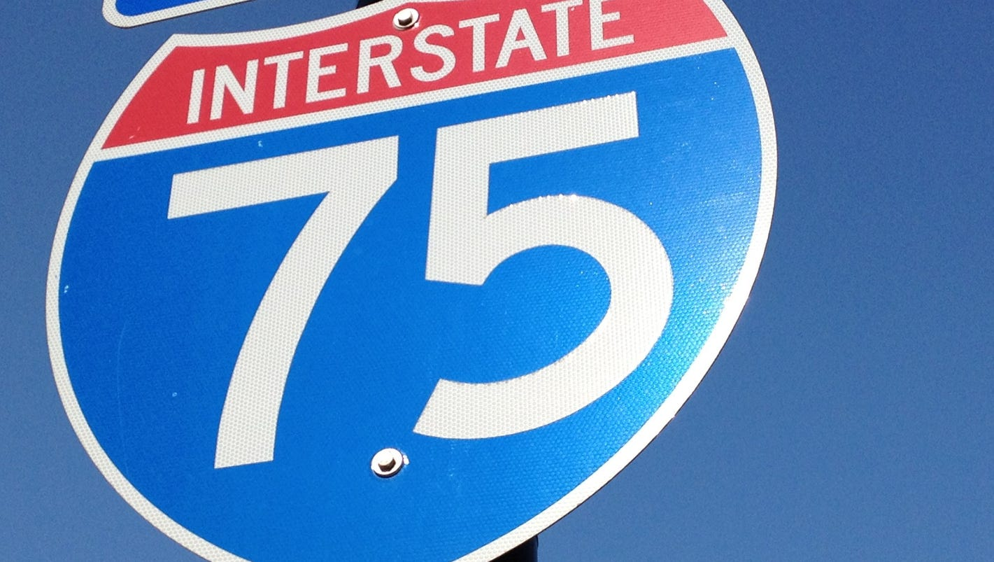 Police investigate 'projectiles' that hit vehicles on I-75