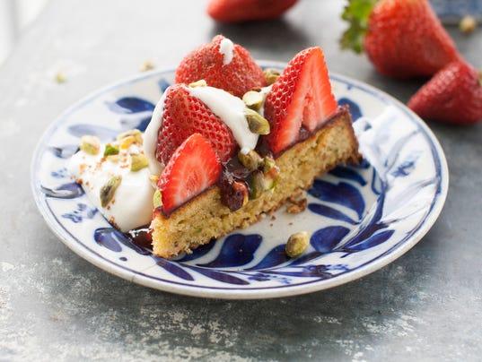 Food Strawberry Torte (3)