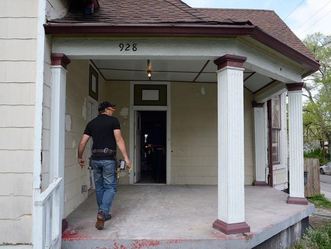 Troy dean shafer 39 s home renovation work leads to tv show for Nashville flipped
