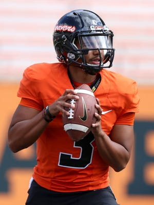 Oregon State quarterback will play in his first college game Friday.
