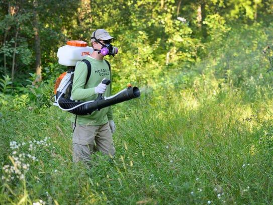 STC 0726 Mosquito Sprayers 1.jpg