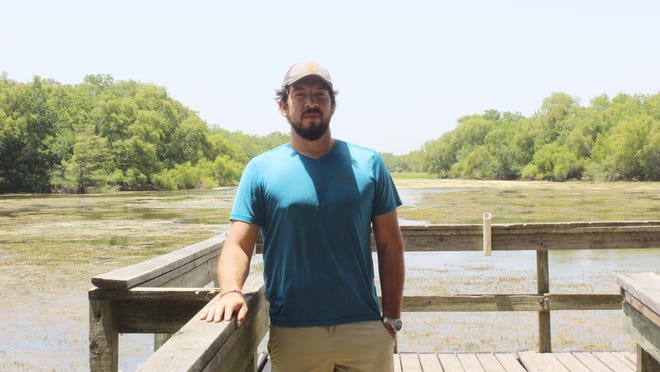 Alice native and local business owner, Daniel Benavides is actively pursuing a clean up mission for Lake Findley. Benavides and his friend were picking up trash and racking the seaweed this week, in an attempt to start the project however small in comparsion to the job ahead.